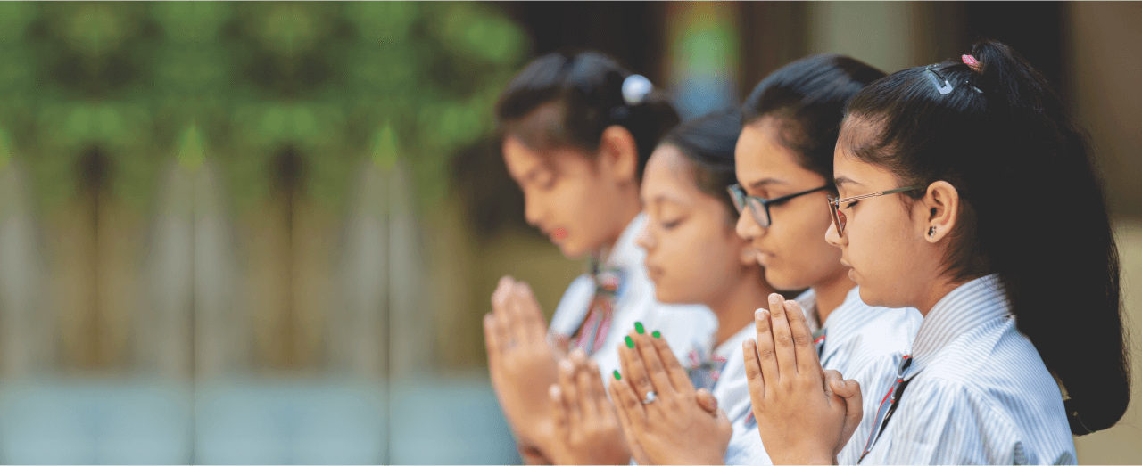 KumKum School girls Prayer Photographs